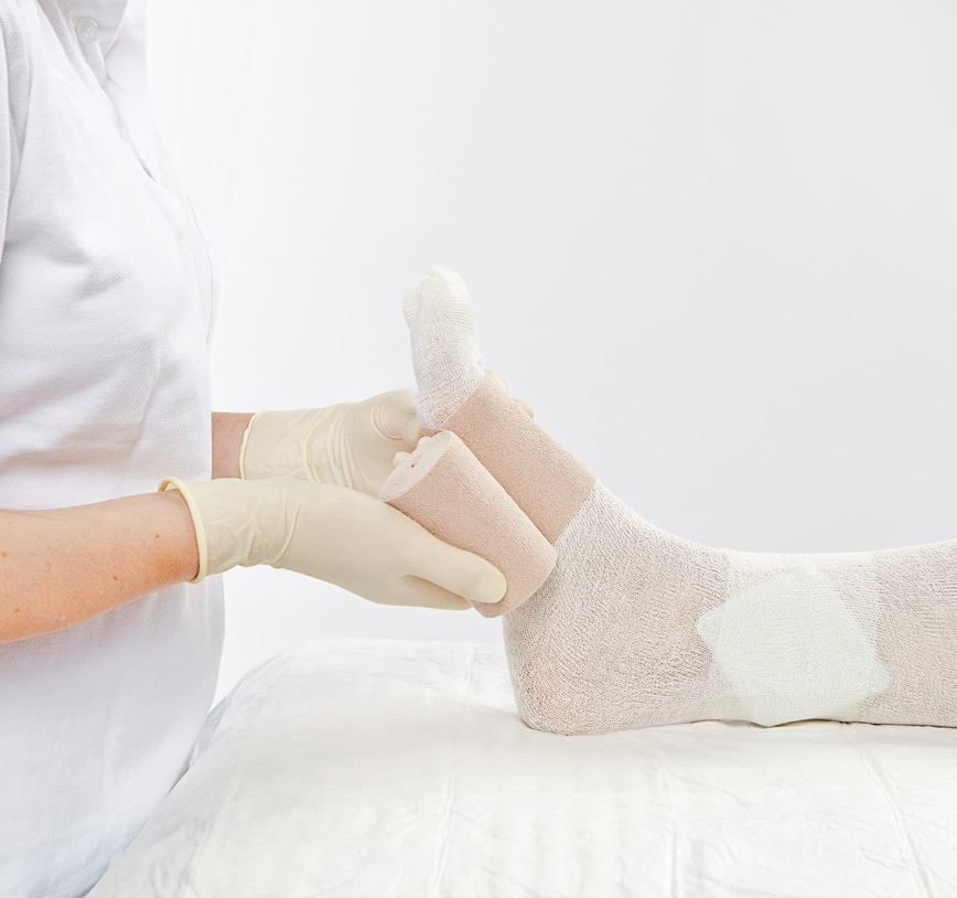 wound treatment on a foot using HARTMANN products